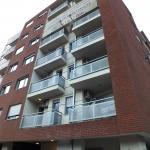 Ugao-Bulevar-Kralja-Aleksandra-I-Gusinjske-ulice-Feldhaus-klinker-R335NF--002