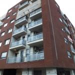 Ugao-Bulevar-Kralja-Aleksandra-I-Gusinjske-ulice-Feldhaus-klinker-R335NF--003